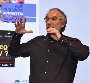 """""""Bądźmy poszukiwaczami AUTORYTETU"""" - Tomasz Gubała na konferencji w Raciborzu"""
